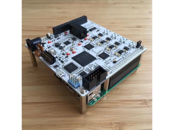 GROWTH 高速ADC/FPGAボードによる雷雲研究プロジェクト